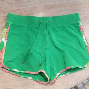 Women's size medium Crown & Ivy beach shorts
